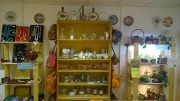 Необычный комиссионный магазин Остров сокровищ