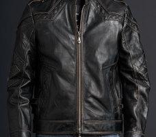 Ремонт кожаных изделий.куртки,плащи,брюки.Порывы.Подгонка по фигуре.Замена молний,фурнитуры.Перекрой <nobr>от 500 руб</nobr>