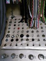 Замена кнопок,клепок,люверсов,бегунков и другой металлической фурнитуры на любой одежде и швейных из <nobr>100 руб</nobr>