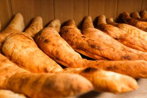 Хлеб грузинский  <nobr>от 50 руб</nobr>