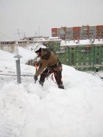 Сброс снега и наледи с кровли <nobr>от 15 руб</nobr>
